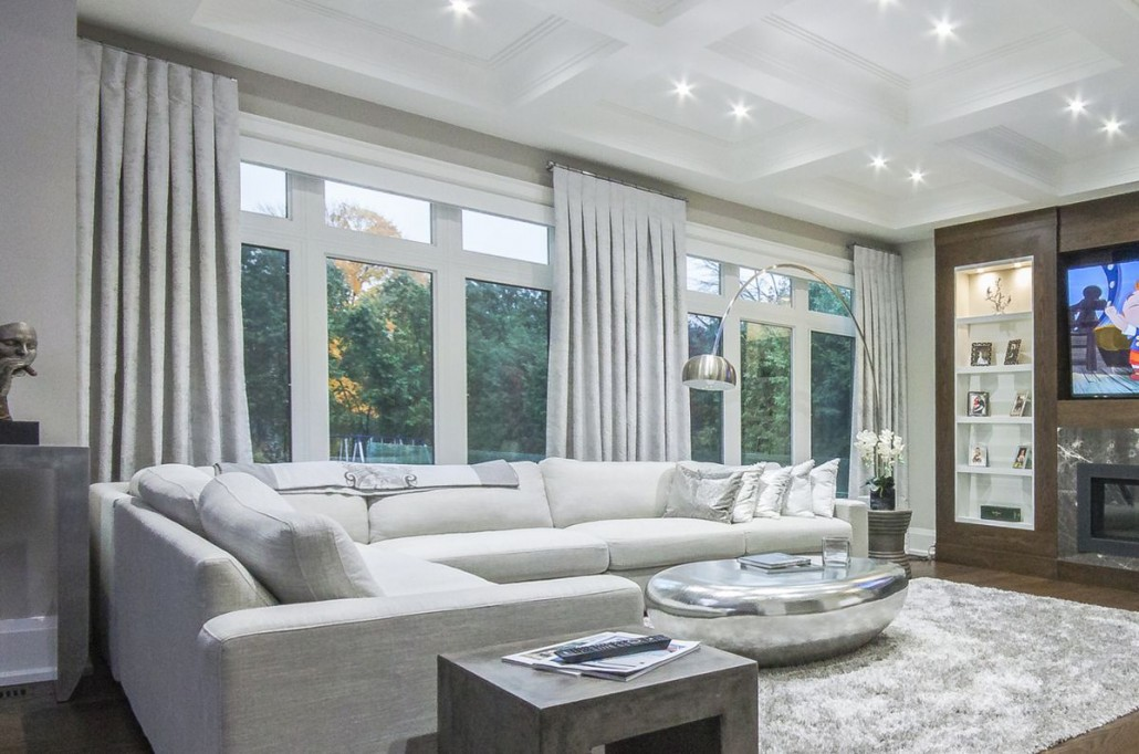 family room window treatments | drapery styles | elegantdrapery.ca