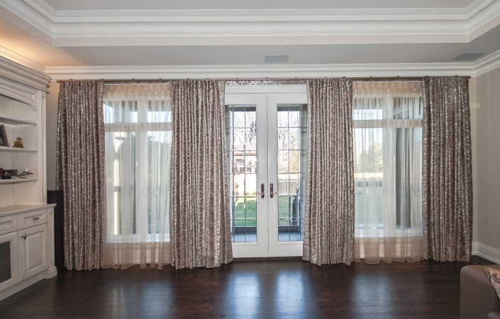 Operable blackout drapes