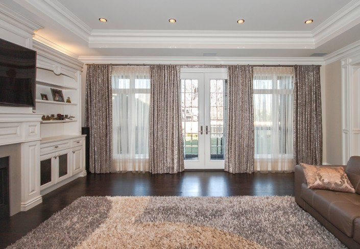Operable drapes for large windows